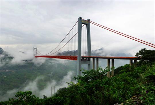 一座挑战记录的大桥