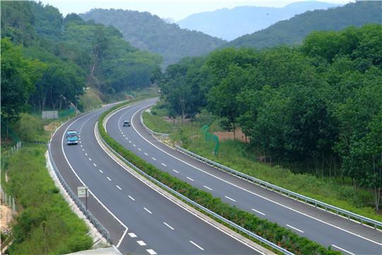思小高速公路