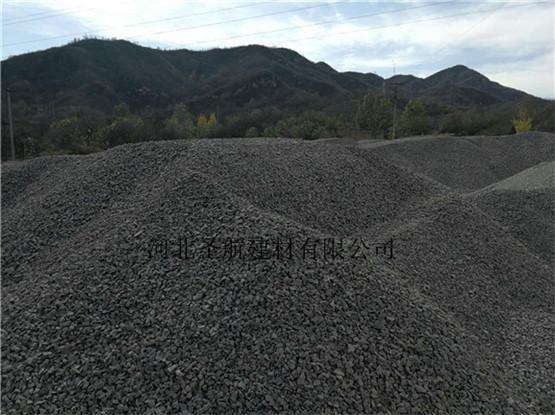 销售阜平县广场园林专用透水混凝土骨料,阜平县透水石子厂家